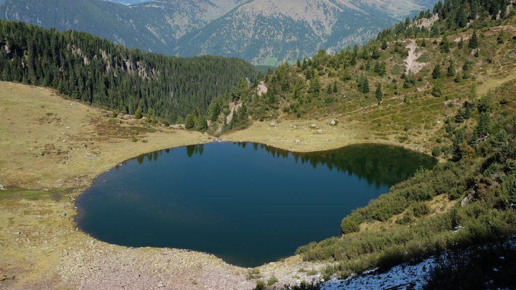 Lago di Moregna dall'alto (Ph. Mirko Ropelato)