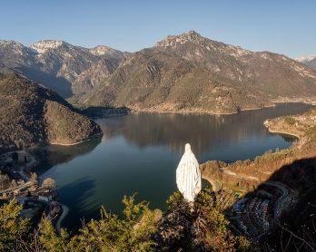 Vista sul Lago di Ledro dalla Madonnina di Besta (Ph. Mirko Ropelato)