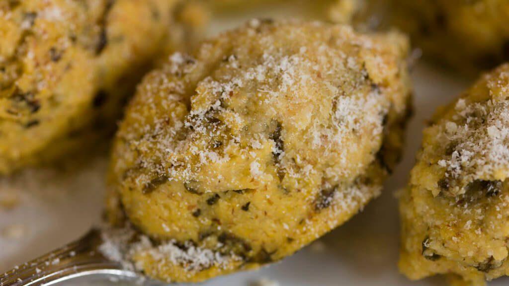 Quenelle di polenta Macafama (© Consorzio Turistico Valle del Chiese)